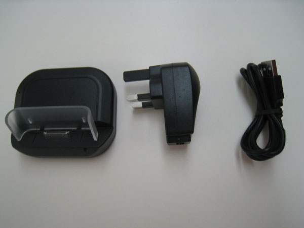 iPhone 3G/3GS USB Desktop Sync & Charge Cradle Review