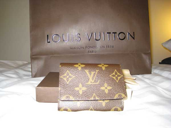 Viewing Image - lv_cardholder.jpg