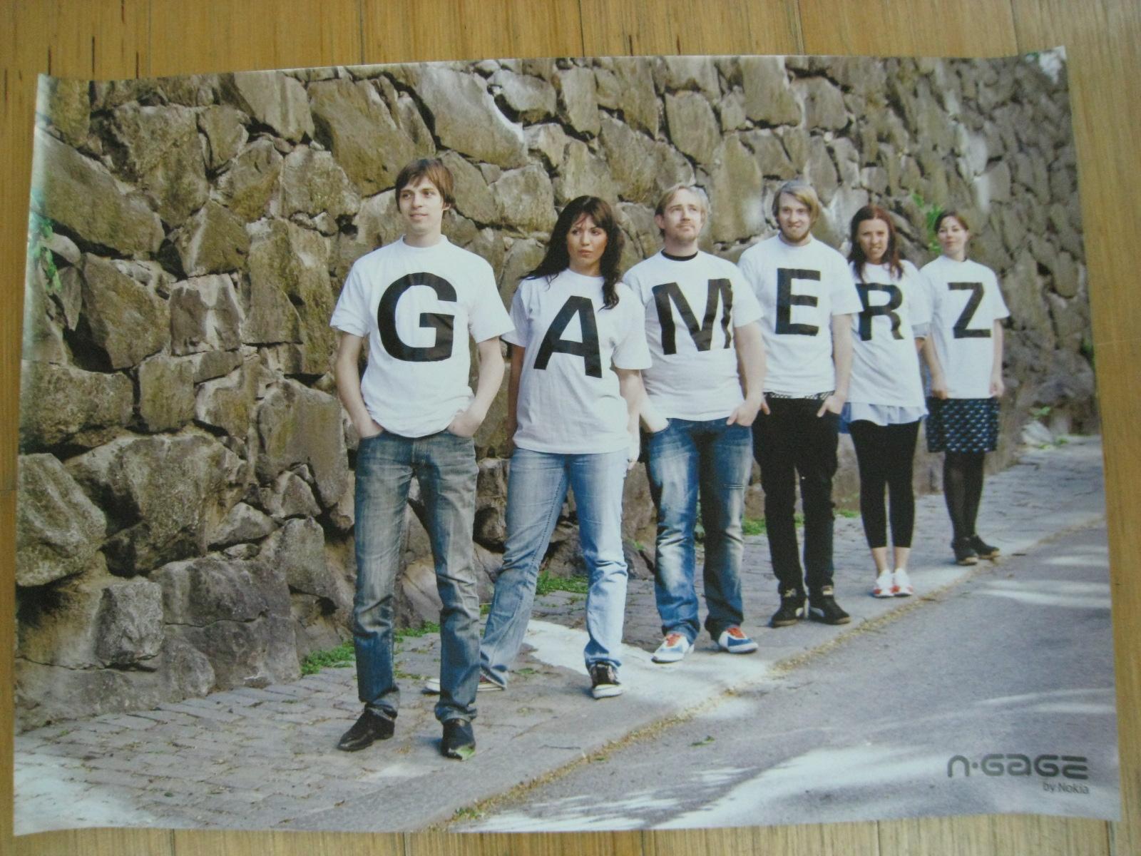 Viewing Image - gamerz_poster.jpg