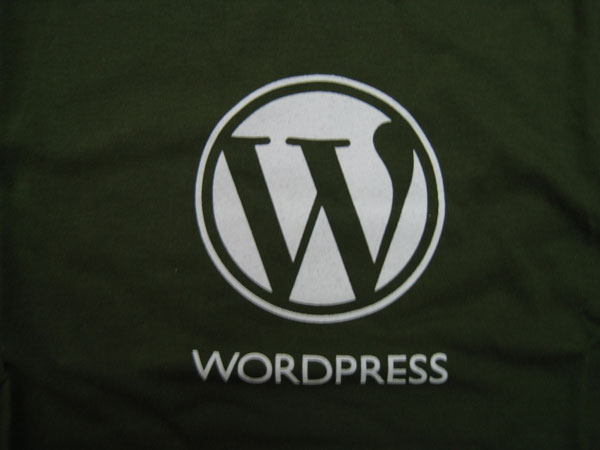 Viewing Image - wp_tshirt_closeup.jpg