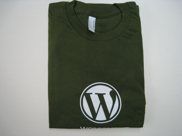 Viewing Image - wp_tshirt_open.jpg